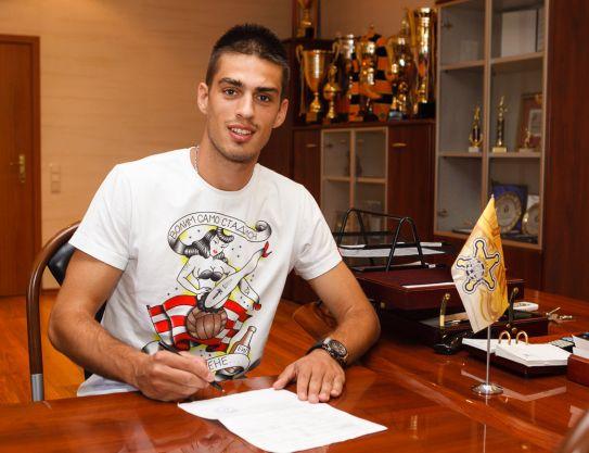 Vujadin Savic signe au FC Sheriff Tiraspol